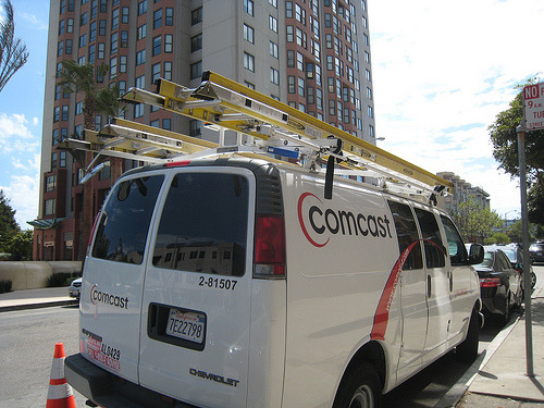 email and credit worthiness with comcast van