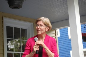 Sen. Elizabeth Warren in the house.